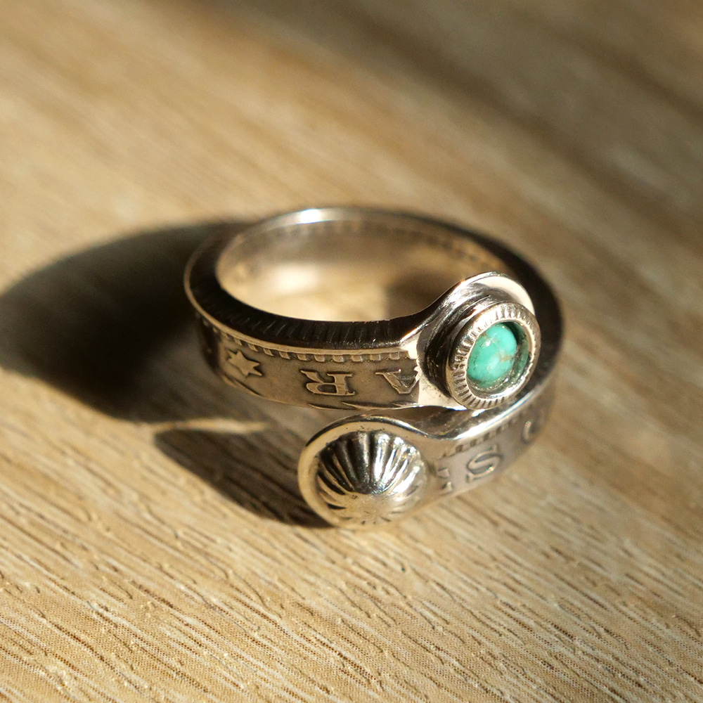 [North Works]  N-205 Morgan Twist Ring Slim Turquoise & Mini Concha